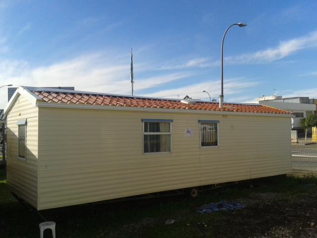 Casa prefabricada barata m laga marca willerby de 9x3 metros tu caravana caravanas de ocasi n - Casas moviles en malaga ...