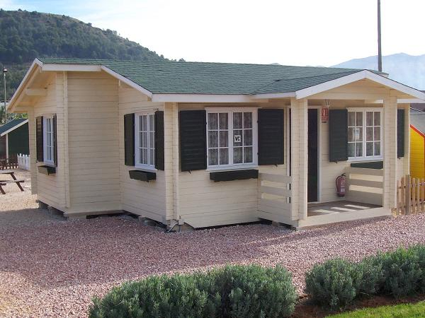 Casa prefabricada de madera badajoz en 5 medidas desde 13995 euros tu caravana caravanas de - Casas prefabricadas de ocasion ...